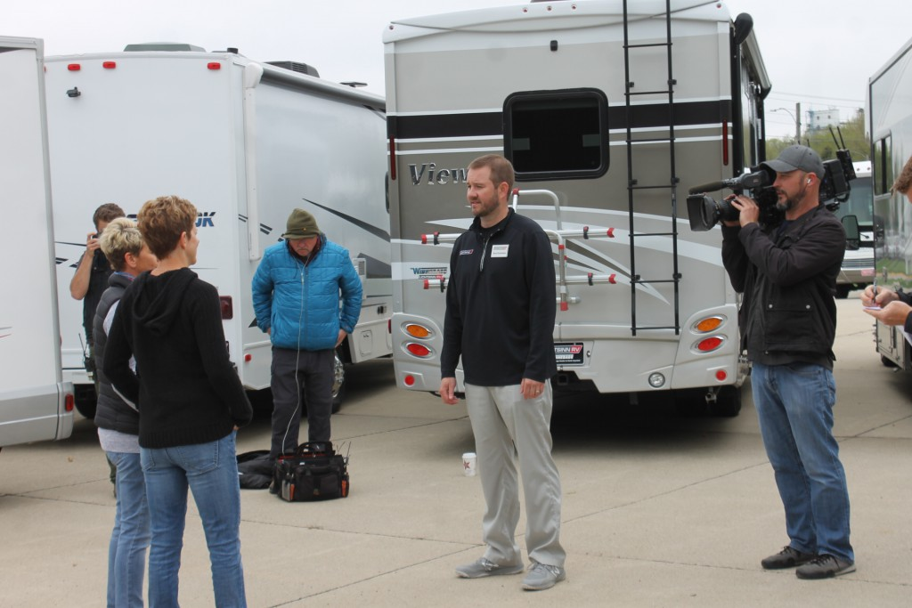 Lichtsinn RV Sales Consultant Reed Burkholder Answers Ann and Lin's Questions Before They Make Their RV Selection.