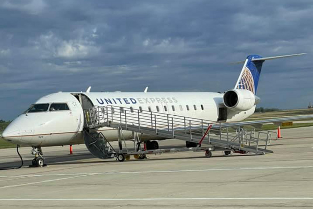 United Express Mason City