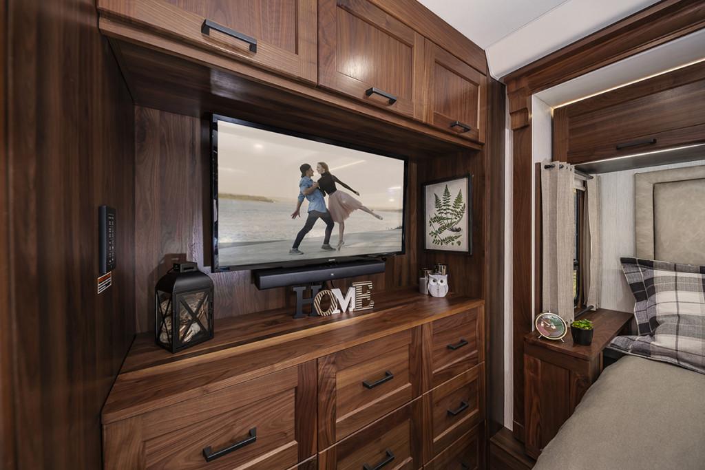 Winnebago Journey bedroom television